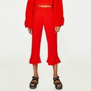 ZARA TRF red ribbed cropped pants with frills